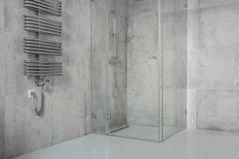 ¿Qué tener en cuenta a la hora de cambiar una bañera por un plato de ducha?