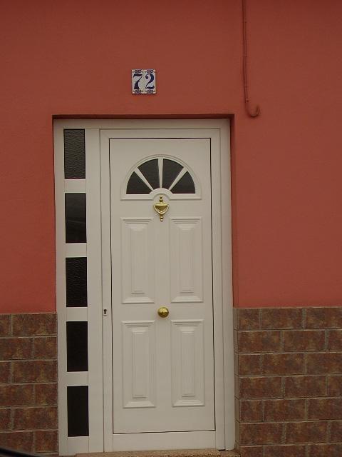 puerta--aluminio-blanco-1